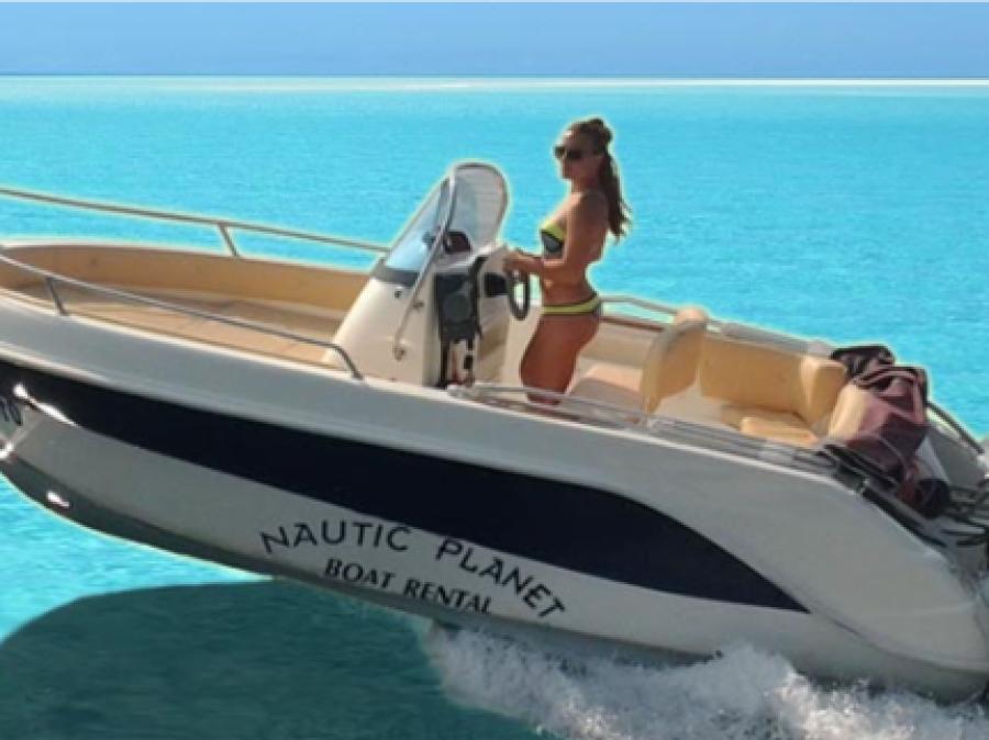 Barco sin carnet en Guardamar